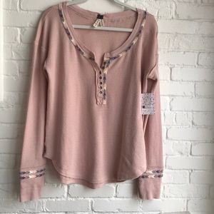 💗 Free People NWT long sleeve Rose embroidery XL